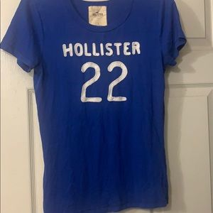 Hollister T-Shirt size Large